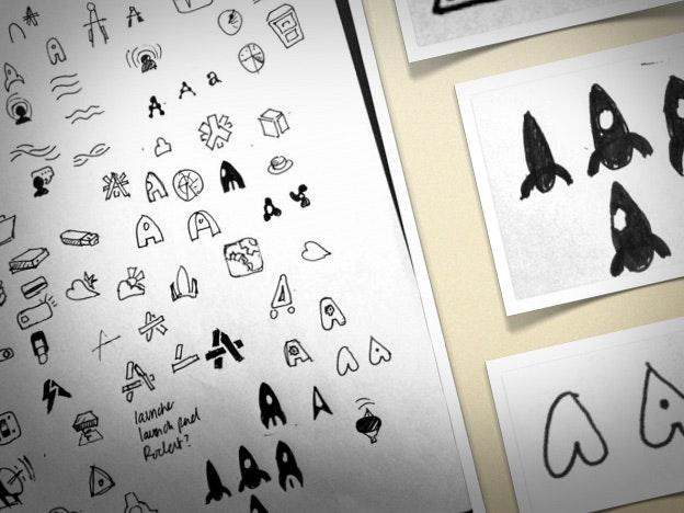 ブレインストーミングにはペンと紙を使用