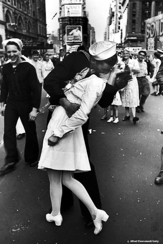 The famous VJ Day kiss in Times Square