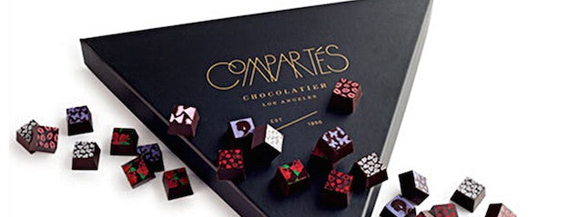 compartes-art-deco-box-of-chocolates