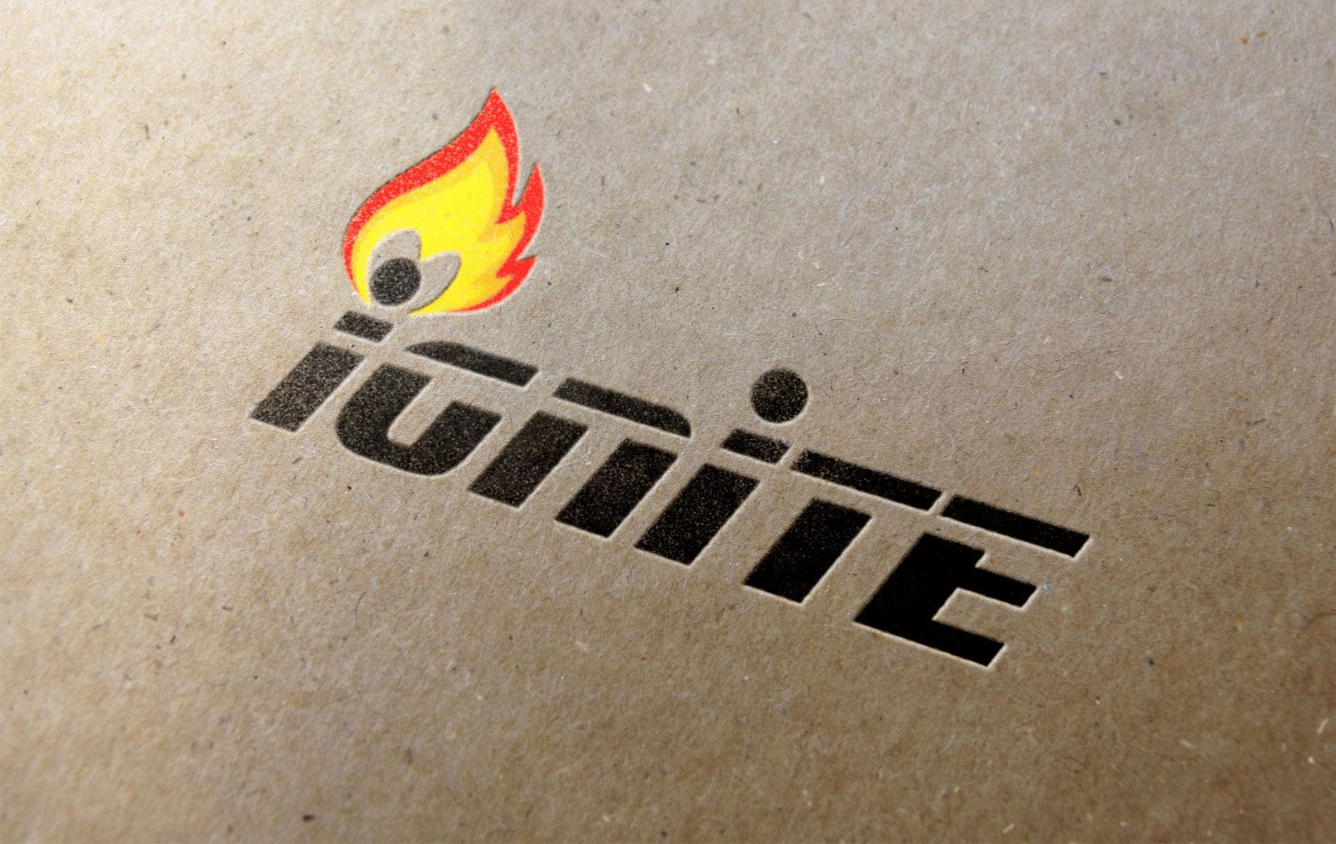 10 feuer im logo