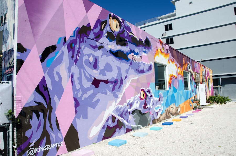 Gator Wynwood wall by King Raptuz