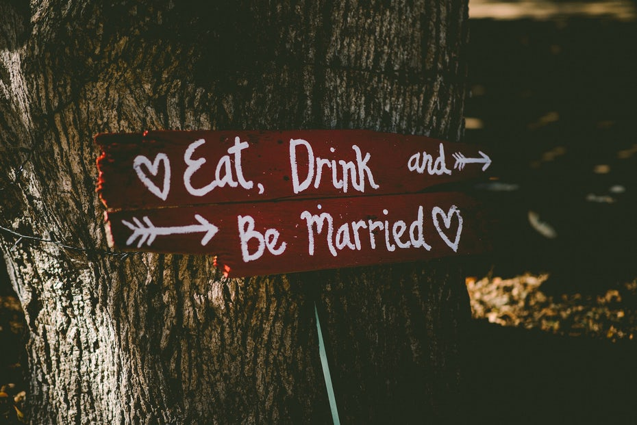 eat drink be married wedding