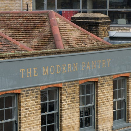 The Modern Pantry storefront font example