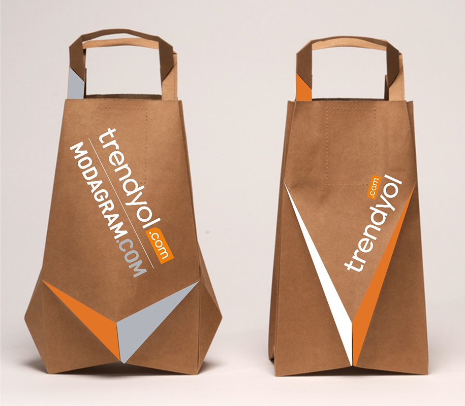 Modagram bag product packaging from 99designs