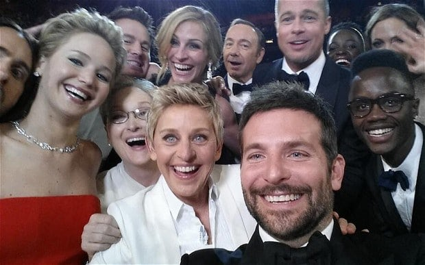 Celebrity selfie at Oscars
