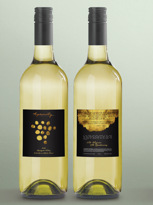 Modern white wine label