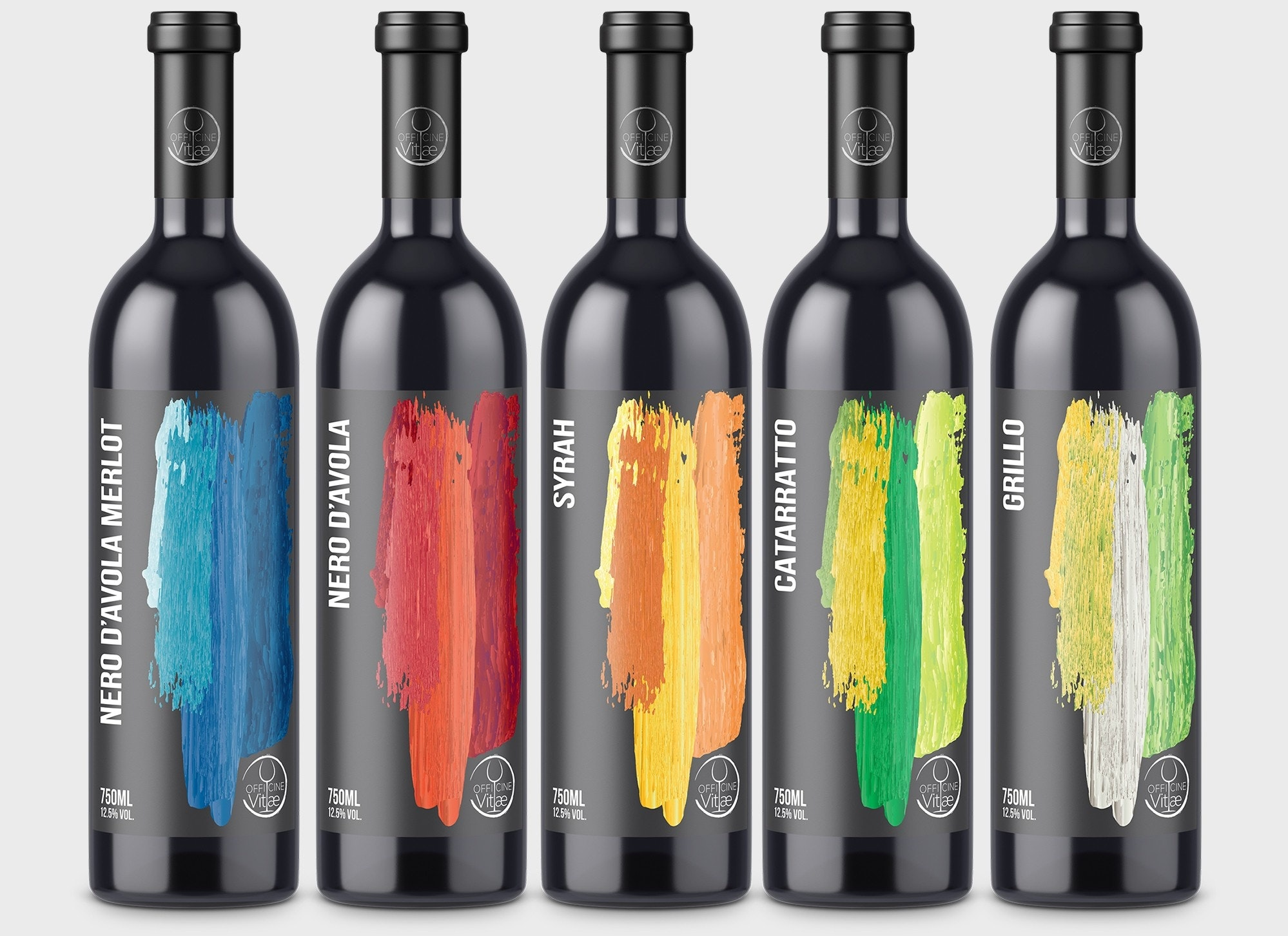 Wine label with different color options