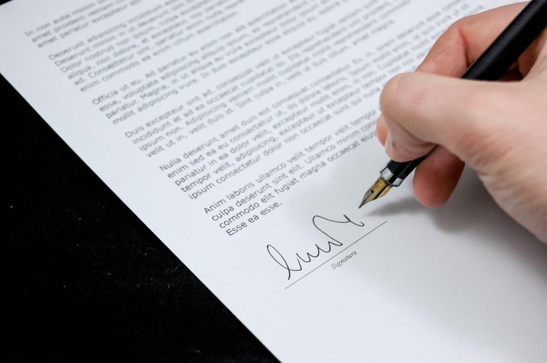 Graphic design contract