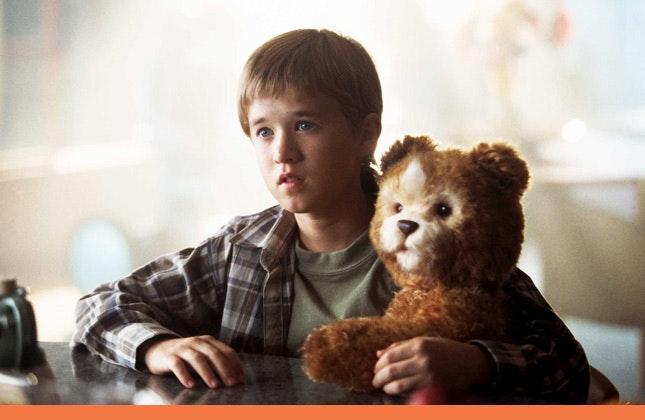 Haley Joel Osment cyborg and his bear companion in A.I.
