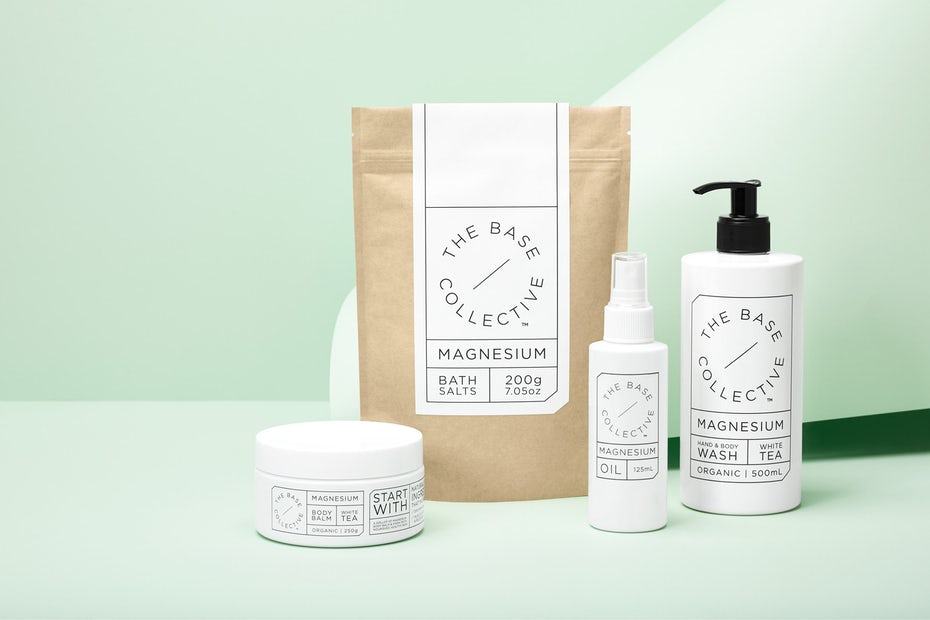 Simple the base collective packaging