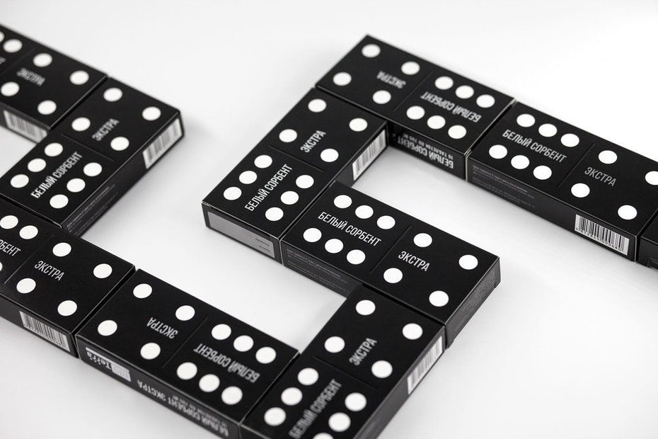 Domino package design