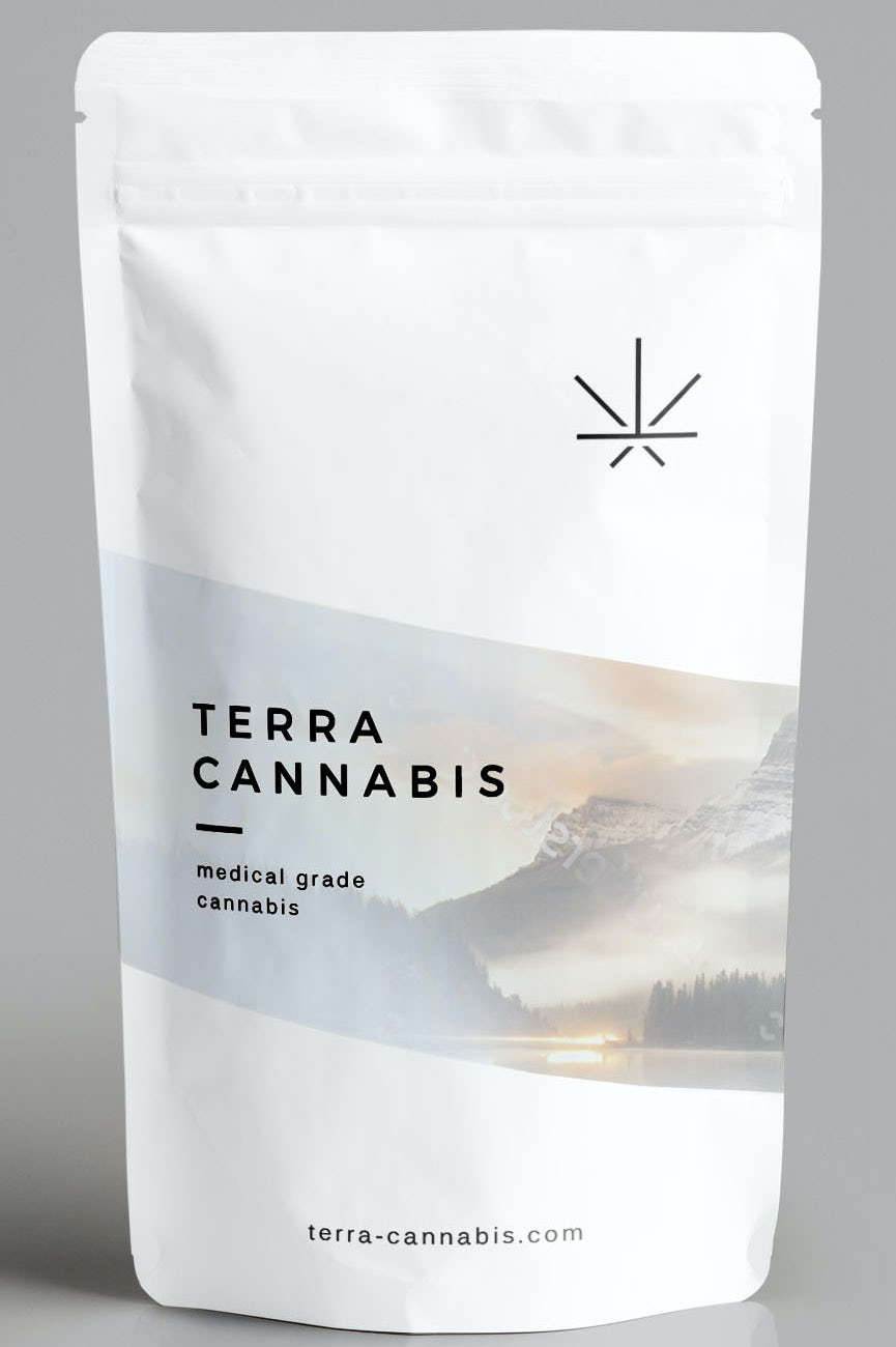 Japanese cannabis pouch design