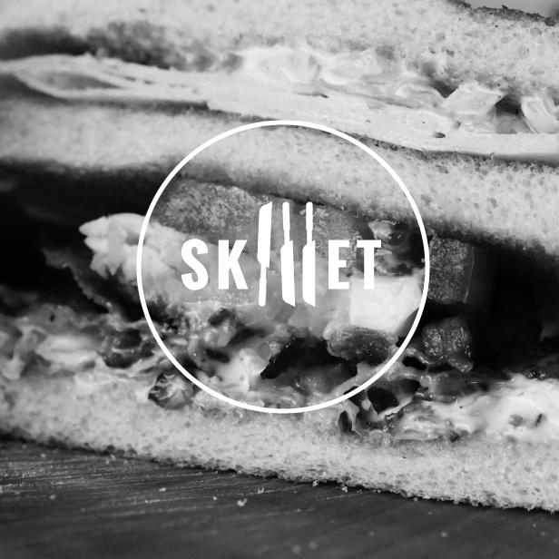 Skillet food truck logo