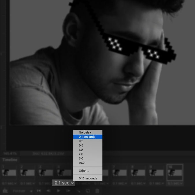 A screenshot of the Photoshop interface highlighting the delay setting in the timeline