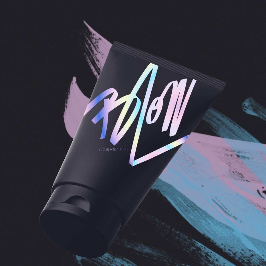 Graphic design trends 2020 example: Iridescent hand-lettered logo for a cosmetics brand