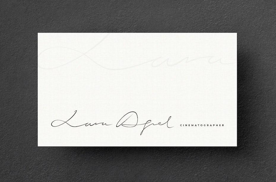 Визитные карточки тренды 2020 пример: визитная карточка кинематографиста лары акель