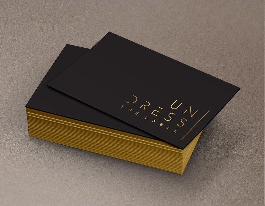 Business cards trends 2020 example: undress design label