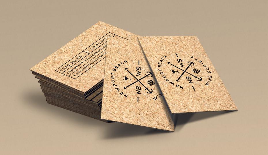 Ejemplo de tendencias de tarjetas de visita 2020: tarjeta de visita de corcho con textura