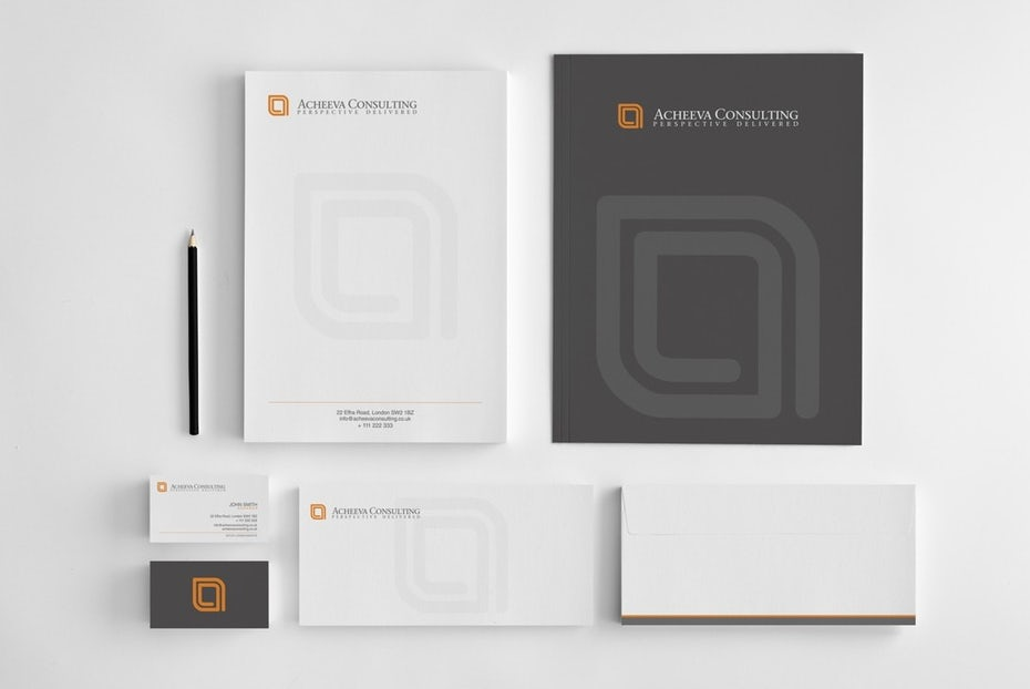 Notepads, pen and logo for Acheeva Consulting