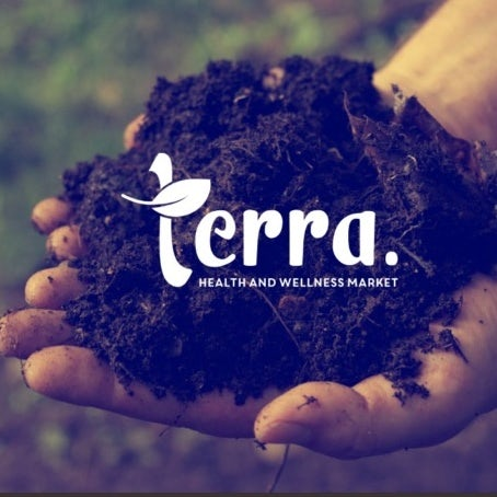 Logo, font, color palette and packaging choices for Terra