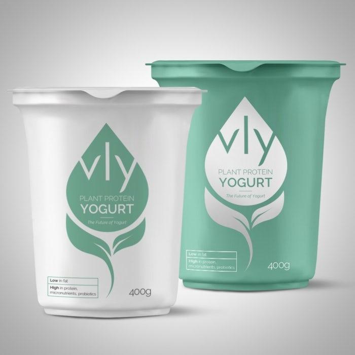 Mintgrünes und weißes verpackungsdesign für vly plant protein yogurt