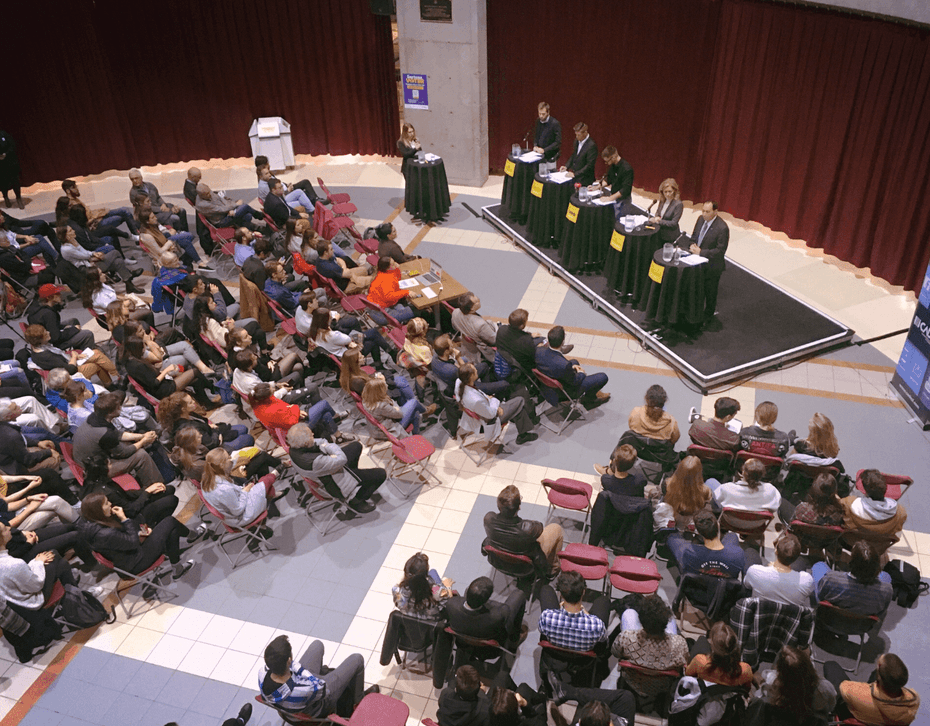 Photo from the 100 Debates on the Environment