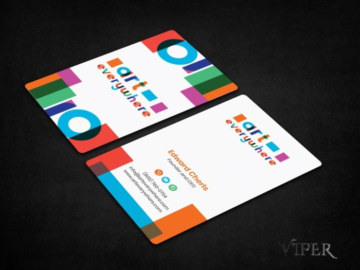 Une carte de visite multicolore
