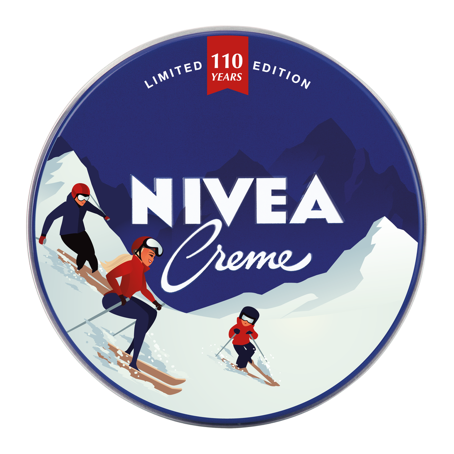 nivea logo design of a family skiing