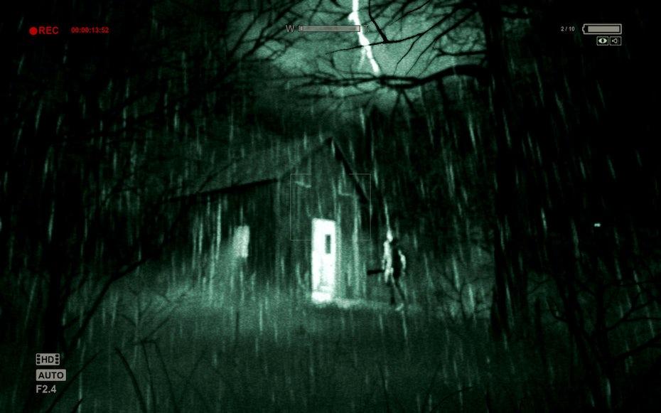 Outlast gameplay screenshot