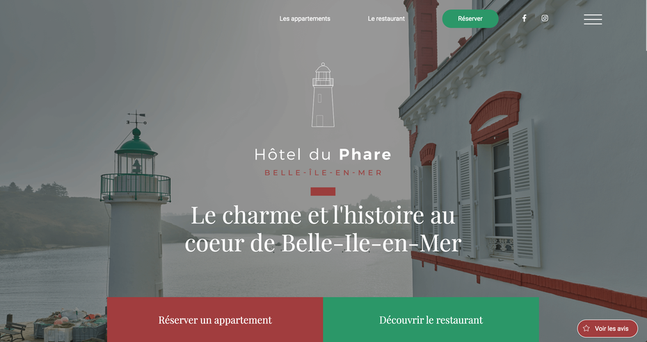 hotel website example using a grid system to pack extra info into a simplistic design