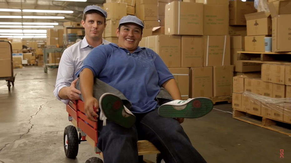 best digital marketing campaigns of all time: Dollar Shave Club video