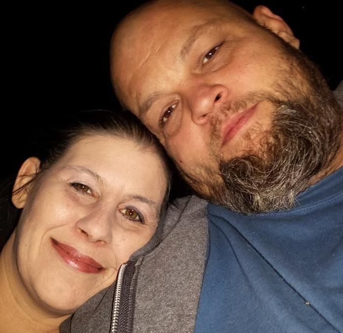 Laura und ihr Mann, Dennis