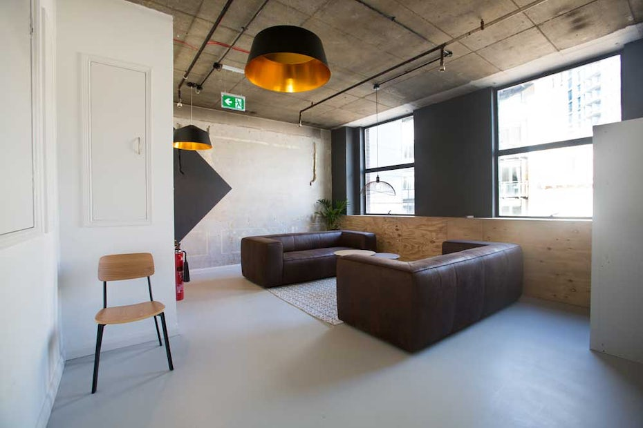 London s top 19 creative workplaces for employees 99designs for Interior design 99designs