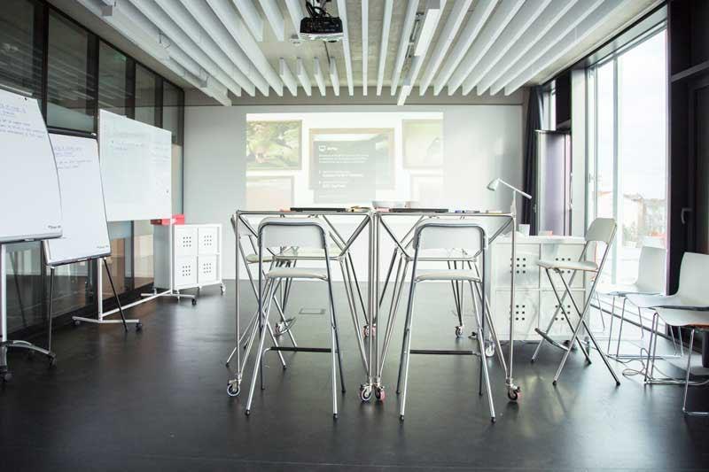 die kreativsten b ros berlins 99designs. Black Bedroom Furniture Sets. Home Design Ideas