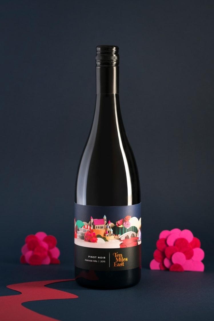 Ten Miles East Wine Label