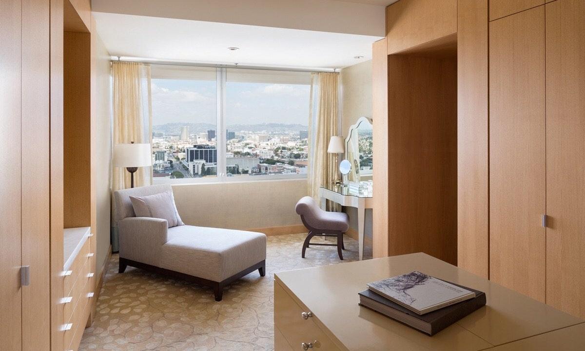 Ritz-Carlton Twitter image